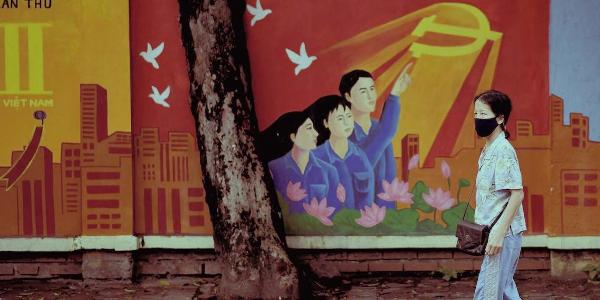 Mural simbolizando la bandera china.